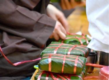 Sư Ông Làng Mai kể chuyện 'Sự tích Bánh Chưng'