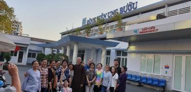 Xuân Kỷ Hợi từ thiện tại Bệnh viện Ung Bướu