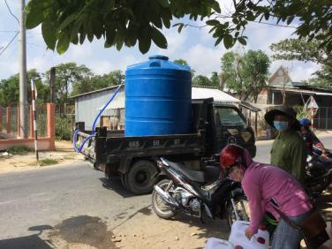Chùa Bửu Đà: khởi động chương trình tặng bồn nước cho bà con Miền tây bị nước nhiễm mặn