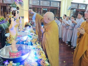 Lễ Tắm Phật PL:2560 DL:2016 Tại Chùa Bửu Đà