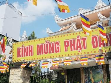 Chùm ảnh công tác chuẩn bị đại lễ Phật đản PL:2560 tại chùa Bửu Đà