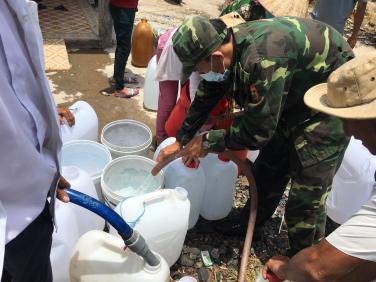 Chùa Bửu Đà: chia sẻ nước ngọt đến bà con Gò Công Đông, Tiền Giang