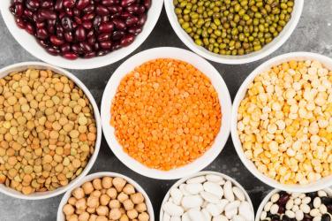 8 dưỡng chất người ăn chay thường thiếu