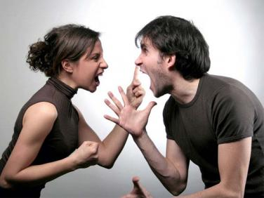 Chớ nói lời làm tổn thương người, ác khẩu ắt chiêu mời quả báo