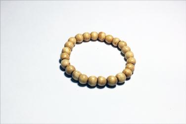Chùa Bửu Đà tặng vòng dâu tằm cho trẻ sơ sinh