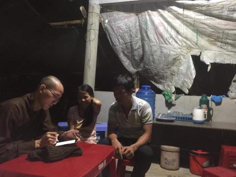 Quỹ 'Hạt Gạo Từ Bi' hỗ trợ gia đình anh Thìn ở Đại Tân
