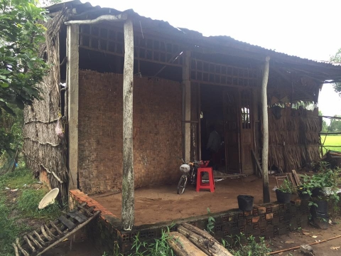 Quỹ Từ thiện chùa hỗ trợ xây nhà cho gia đình anh Có và chị Điệp tại Tiền Giang