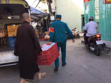 Vẫn tà áo ấy - tung bay giữa Sài Gòn hoa lệ