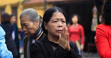 Vì sao Đức Phật chế ngũ giới cho Phật tử tại gia?