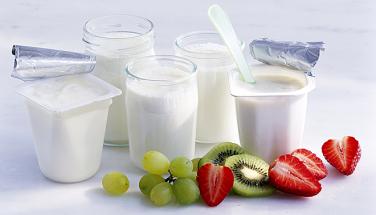 Những lý do bổ sung sữa chua và cam vào thực đơn