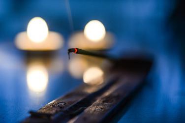 Cúng vong linh, cúng cô hồn có phải là pháp của đạo Phật?