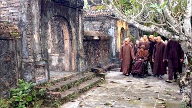 Những xúc cảm khi ghé thăm Thiền sư Thích Nhất Hạnh tại chùa Từ Hiếu
