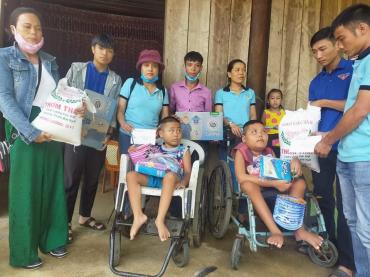 Chùa Bửu Đà: chương trình trung thu cho 83 em nhỏ bị bại liệt tại Quảng Bình