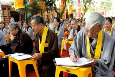 Cư sĩ Phật giáo là ai?