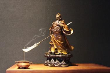 Phật tử có nên thờ Quan Công