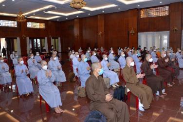 Thêm 50 Tăng Ni, Phật tử TP.HCM phát nguyện tham gia hỗ trợ chăm sóc bệnh nhân Covid-19