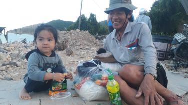Xin chung tay hỗ trợ bà con bị ảnh hưởng do mưa bão và sạt lở tại Khánh Hòa - Nha Trang