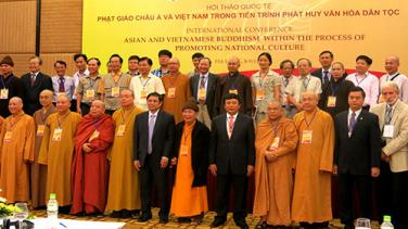 Vì sao Phật giáo 'đứng vững' trong tâm linh đông đảo người dân Việt?
