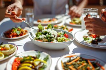 3 lời khuyên dinh dưỡng dành cho người cao tuổi