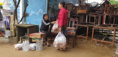 Chùa Bửu Đà: hình ảnh chuyến cứu trợ đợt 1&2 cho bà con bị lũ lụt tại Quảng Nam