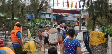 Chùa Bửu Đà: hình ảnh chuyến cứu trợ đồng bào bị mưa lũ cô lập tại Tam Kỳ ngày 11/12/2018