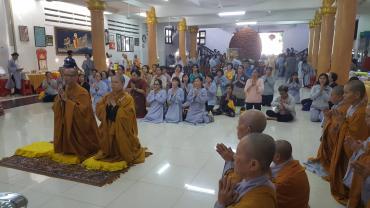 Cúng dường Trường Hạ miền Tây PL.2563 - DL.2019