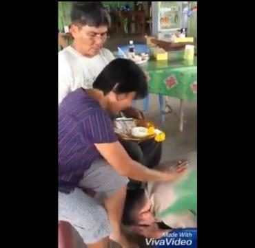 Tháng lương đầu của anh cảnh sát Lào