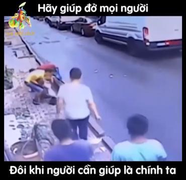 Hãy giúp đỡ mọi người